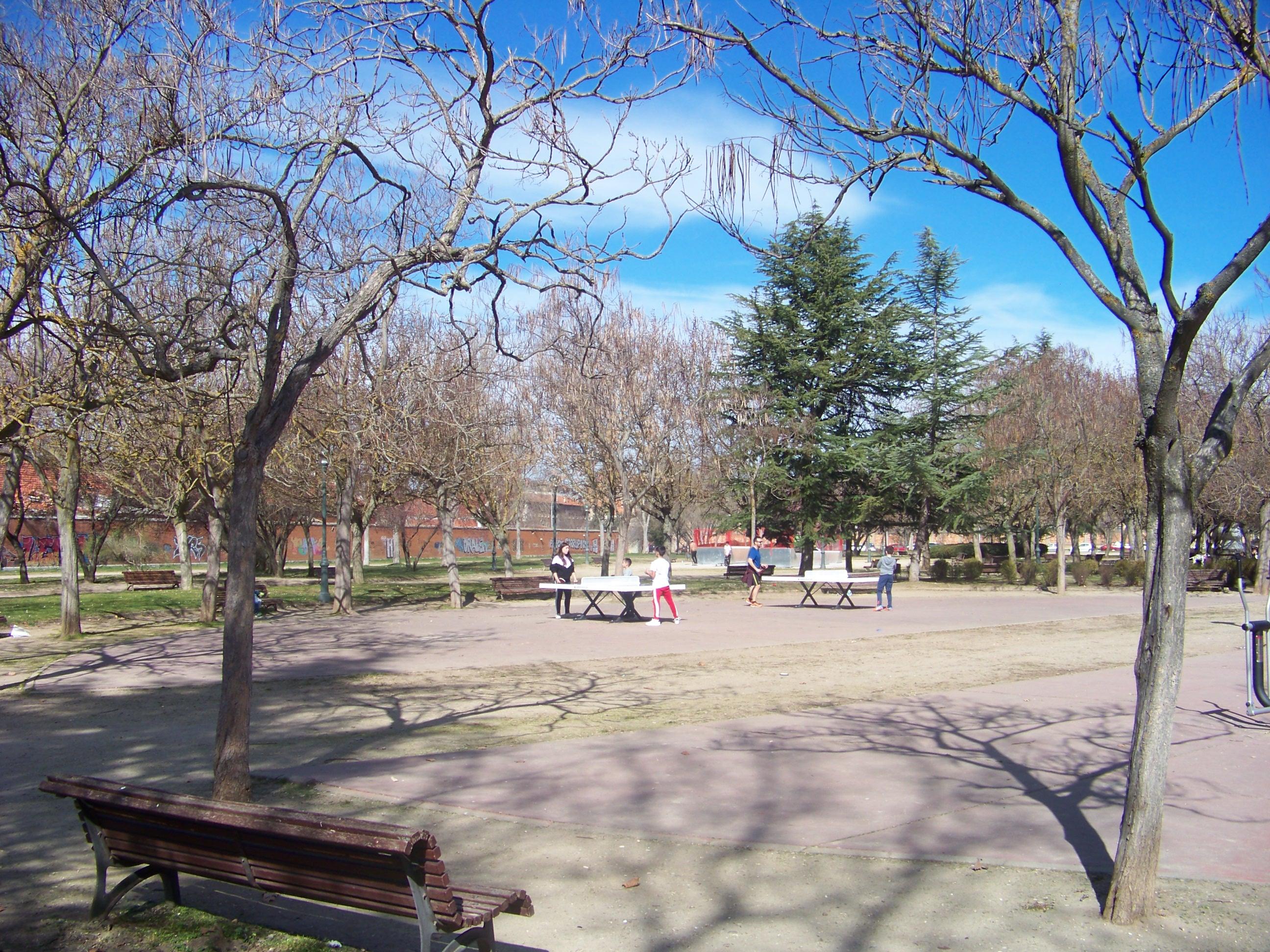 Vista parcial parque de la Paz.